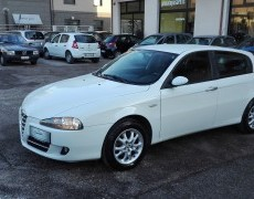 Alfa Romeo 147 1.6 Distinctive GPL
