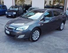 Opel Astra 1.7 CDTi SW COSMO